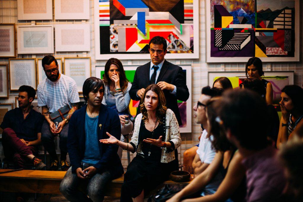 10 expresiones francesas para brillar en las reuniones